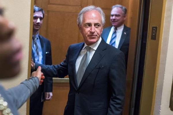 104733181-gettyimages-843406606-bob-corker-600x400